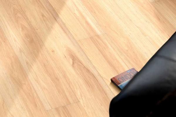 Mineralischer Designboden Dekore Holz